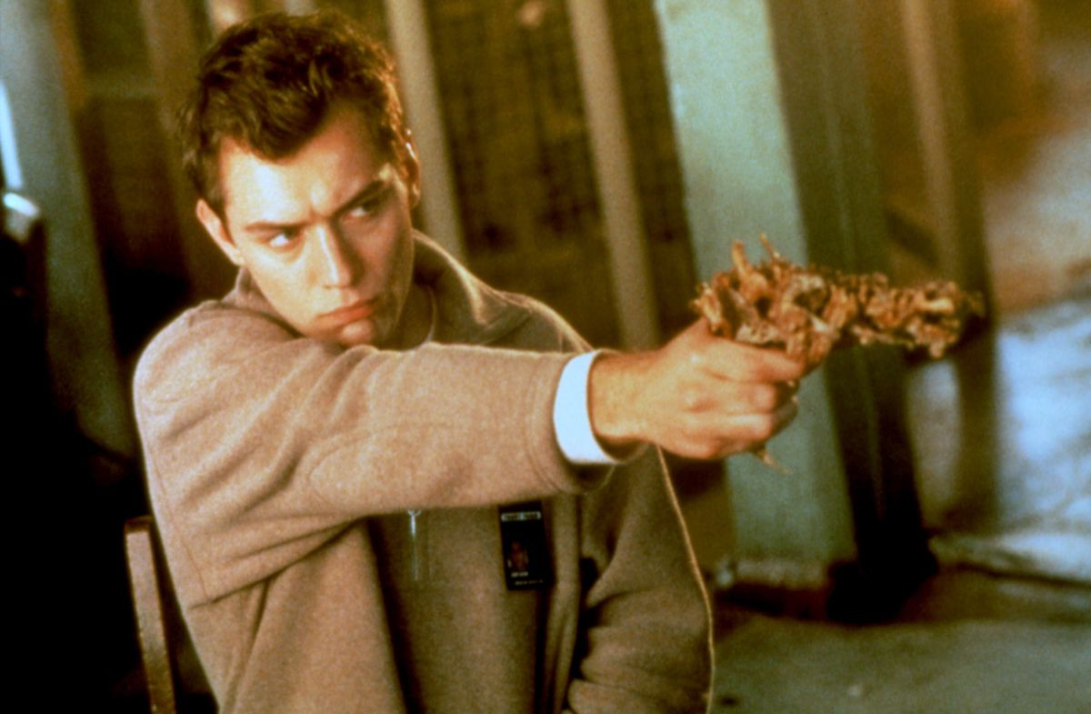 Jude Law as Ted Pikul in David Cronenberg's ExistenZ